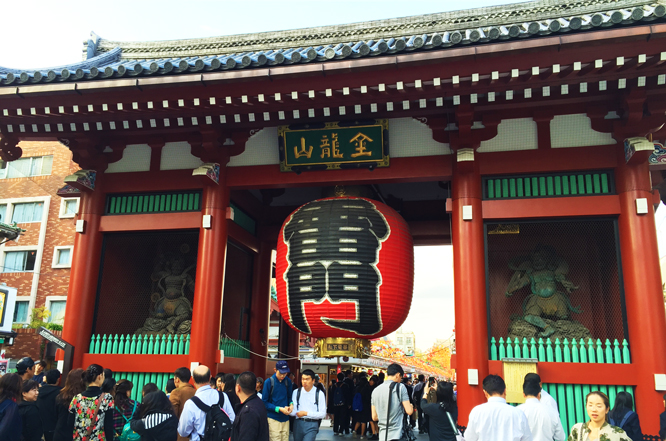 盛岩先生と浅草寺1